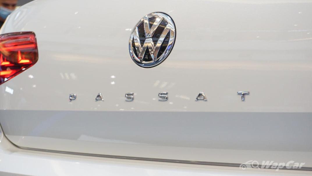 2020 Volkswagen Passat 2.0TSI R-Line Exterior 026