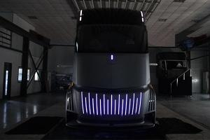 Geely's latest EV is this electric semi-truck that will compete against the Tesla Semi