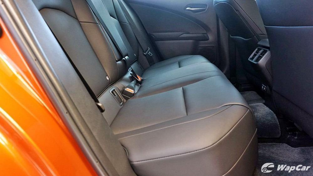 2020 Lexus UX 200 Urban Interior 042