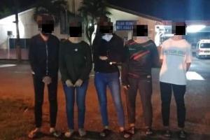 Tak cukup duit bayar duit sewa Perodua Viva, 5 remaja perempuan pecah masuk stesen minyak!