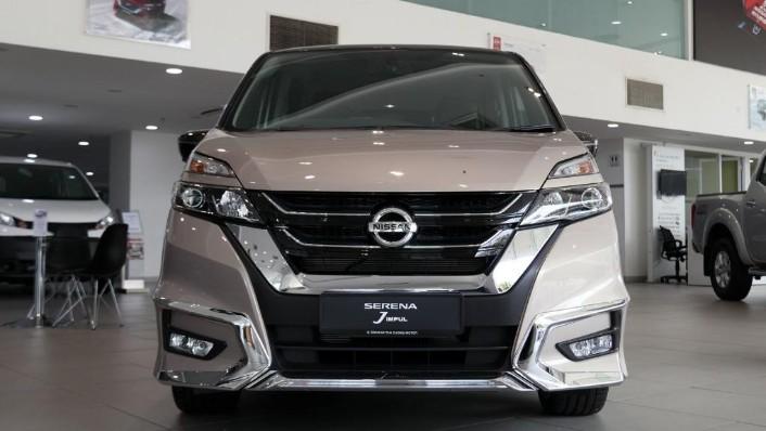 2018 Nissan Serena S-Hybrid Highway Star 2.0 Exterior 001
