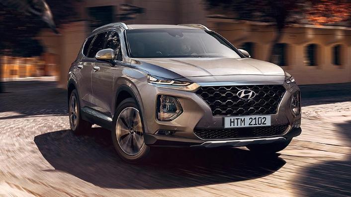 Hyundai Santa Fe (2019) Exterior 009