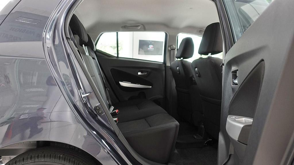 2018 Perodua Axia SE 1.0 AT Interior 036