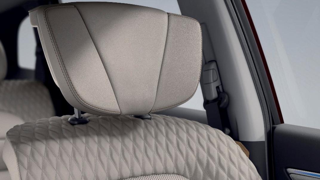2021 Renault Koleos Interior 007