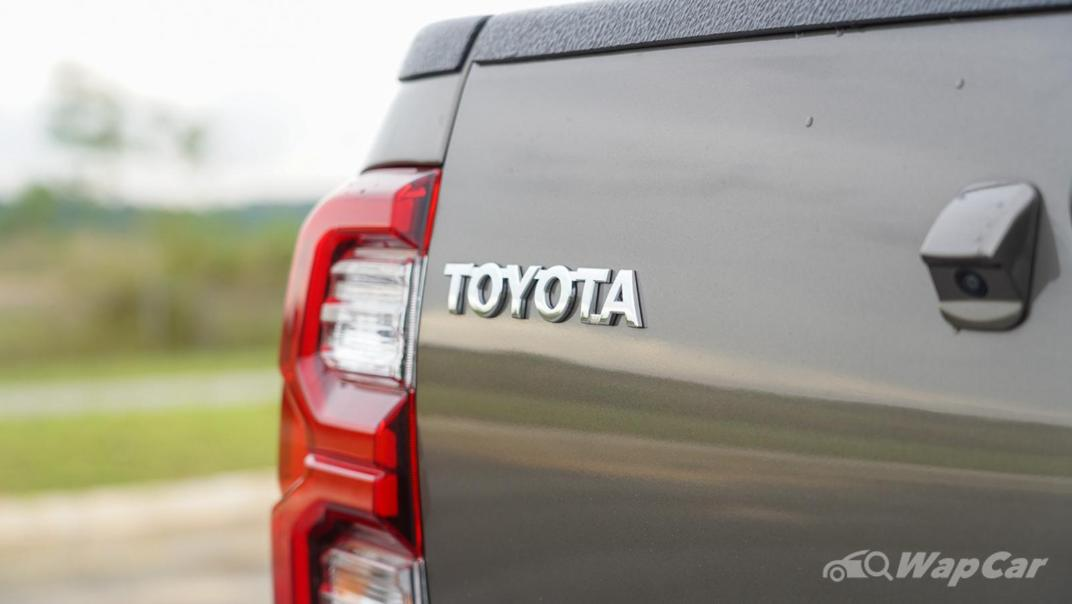 2020 Toyota Hilux Double Cab 2.8 Rogue AT 4X4 Exterior 020