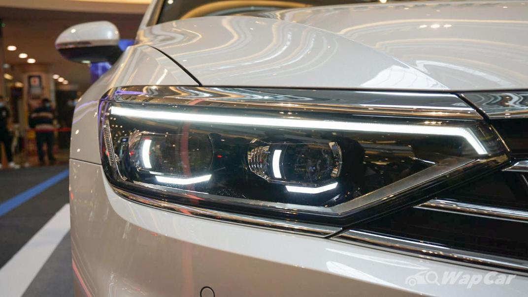 2020 Volkswagen Passat 2.0TSI R-Line Exterior 022