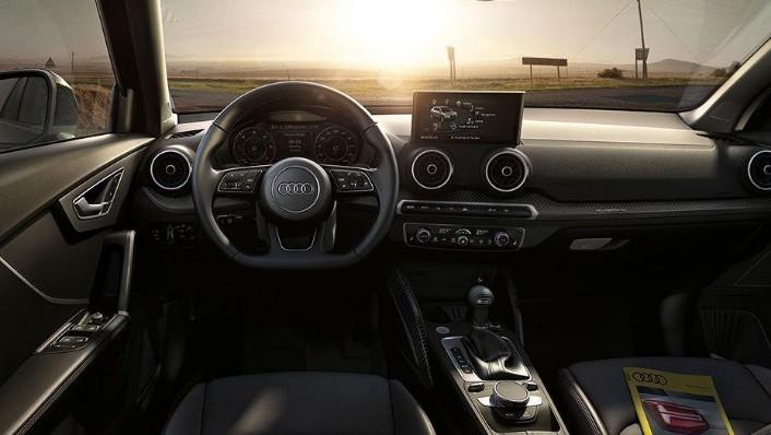 Audi Q2 (2019) Interior 002