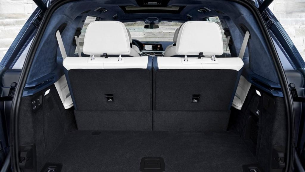BMW X7 (2019) Interior 014
