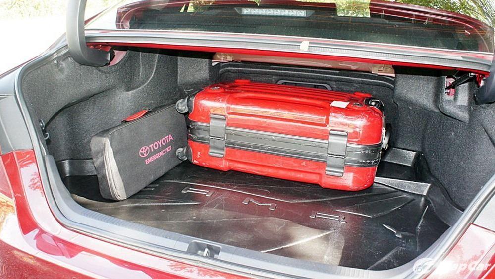 2019 Toyota Camry 2.5V Interior 151