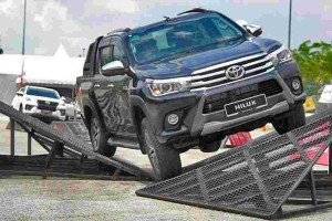 Toyota Hilux – Is it still the de-facto pick-up truck?