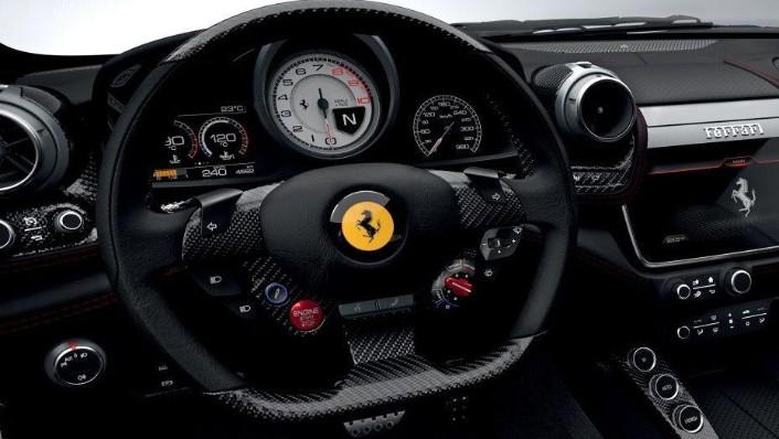 Ferrari GTC4Lusso T (2017) Interior 002