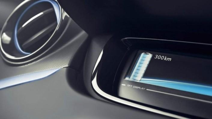 Renault Zoe (2016) Interior 003