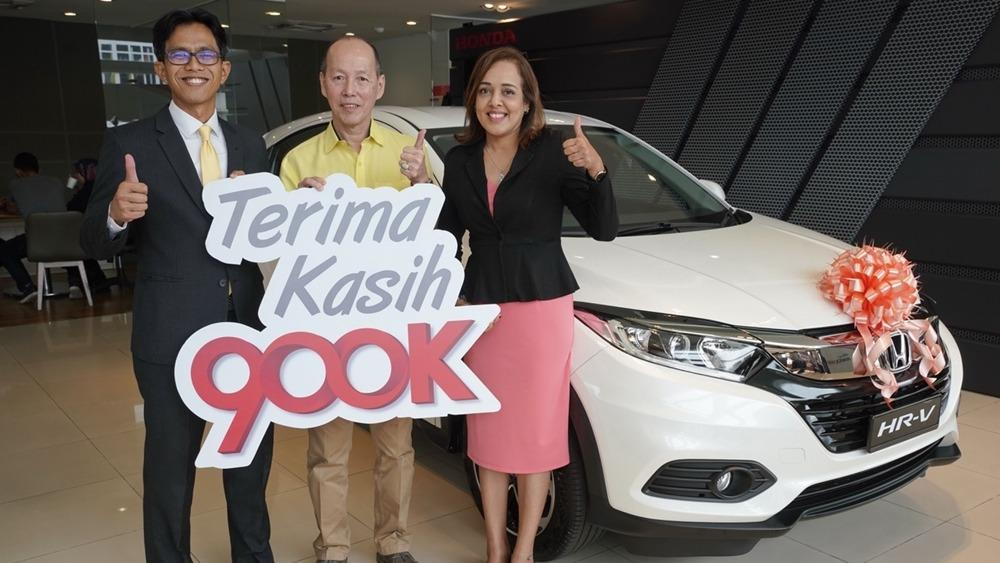 Second lucky winner of Honda's Road to 900,000th unit wins a HR-V, will you be next? 01