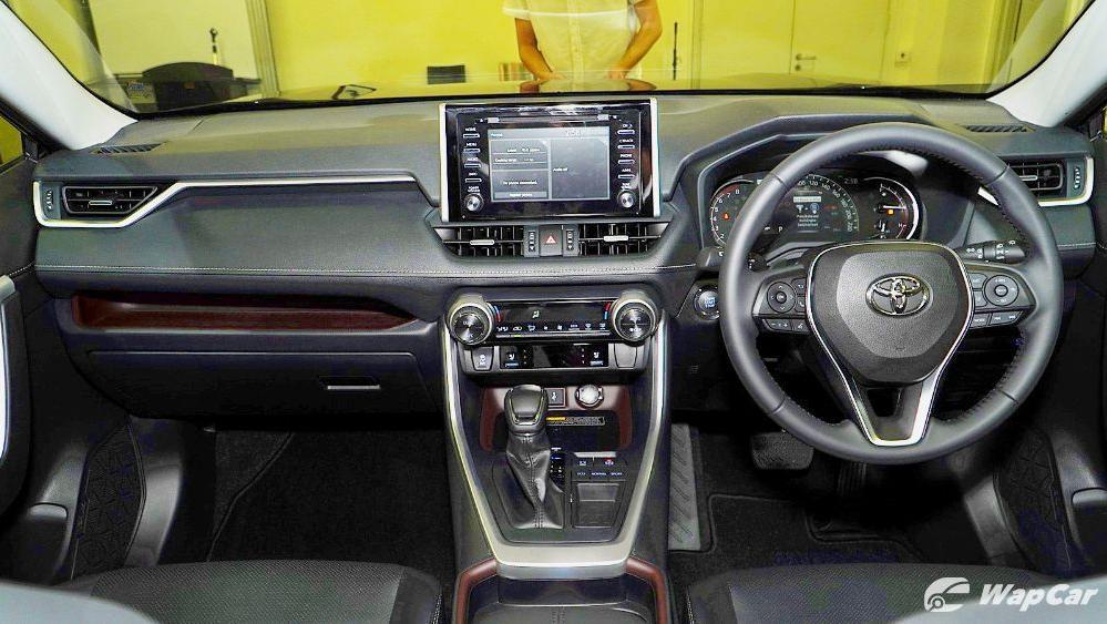 2020 Toyota RAV4 2.5L Interior 028