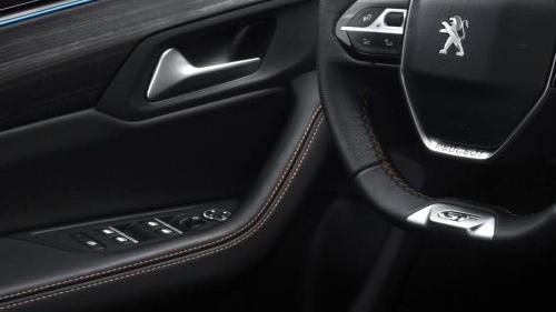 Peugeot 508 GT (2019) Interior 005