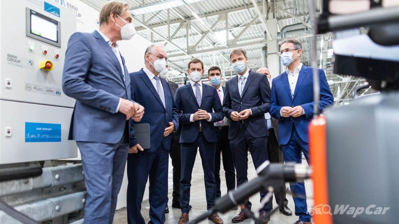 BMW looks to hydrogen power for carbon neutral manufacturing 02