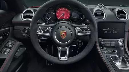 2018 Porsche 718 718 Cayman GTS Interior 001