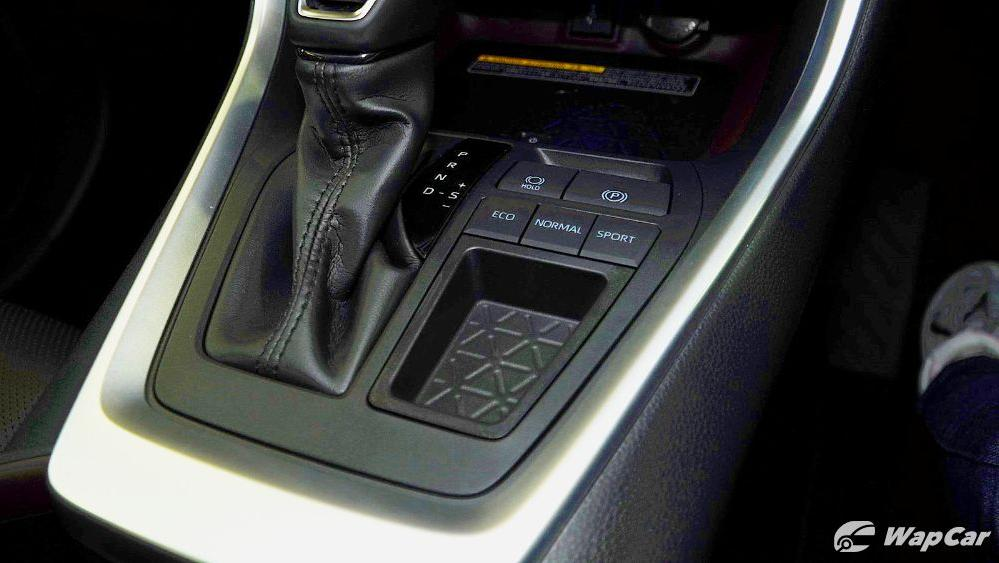 2020 Toyota RAV4 2.5L Interior 071