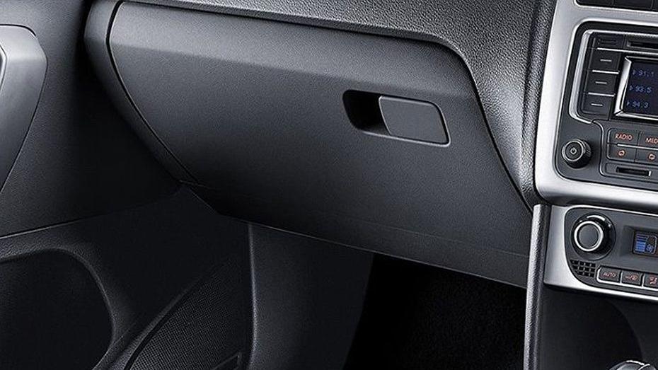 Volkswagen Vento (2018) Interior 013