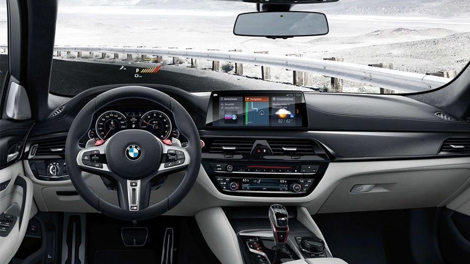 BMW M5 (2019) Interior 001