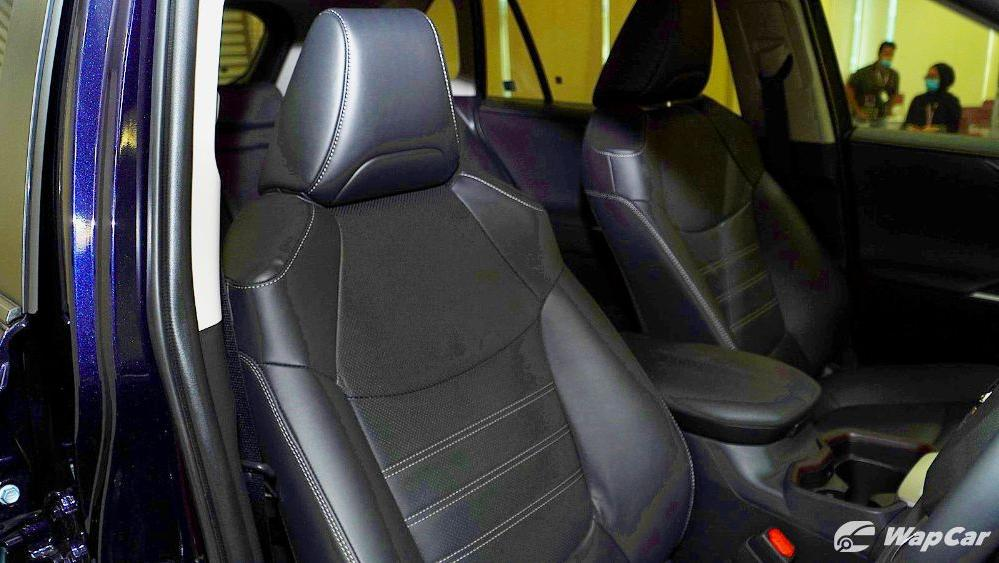 2020 Toyota RAV4 2.5L Interior 080