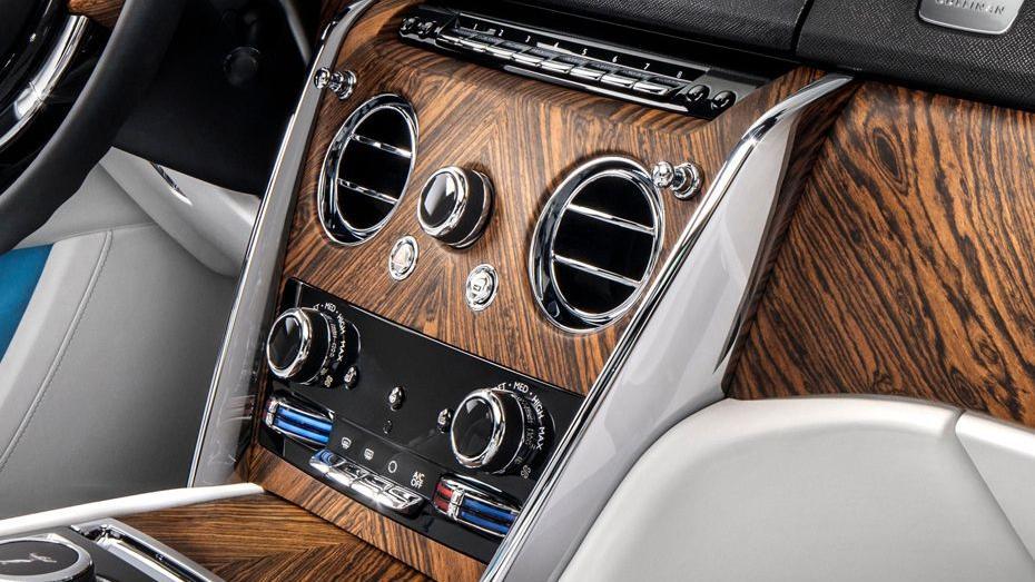 2018 Rolls-Royce Cullinan Cullinan Interior 007