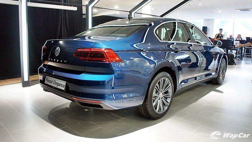 2020 Volkswagen Passat 2.0TSI Elegance Exterior 036