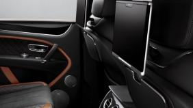 Bentley Bentayga (2019) Exterior 003