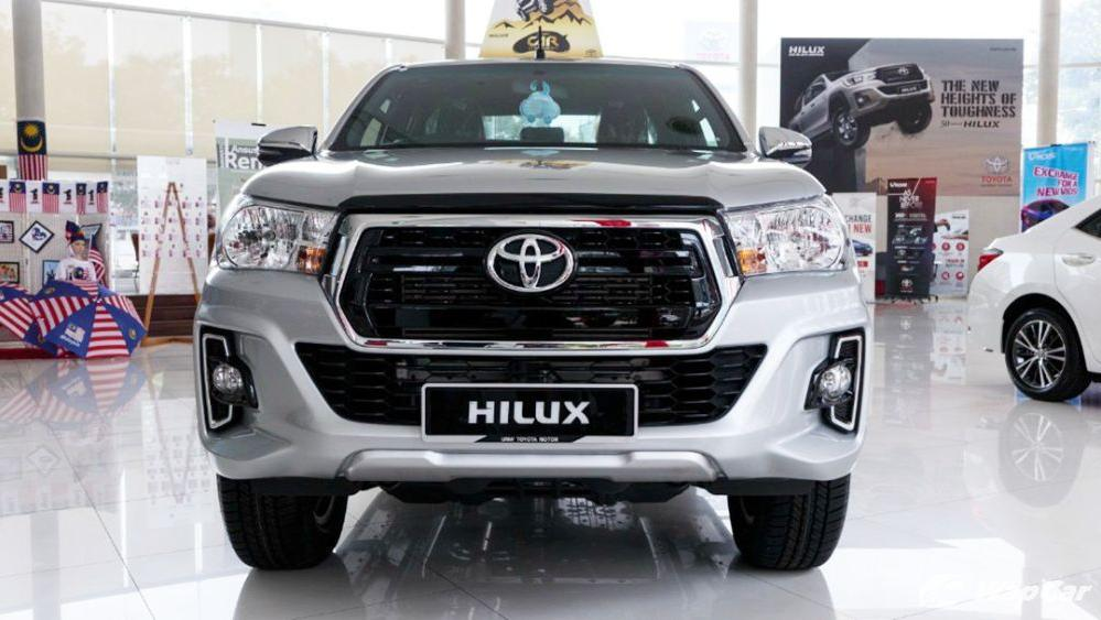 2018 Toyota Hilux Double Cab 2.4 L-Edition AT 4x4 Exterior 002