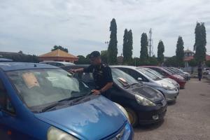 Honda Jazz, kereta klon paling banyak tumpas di Kelantan!