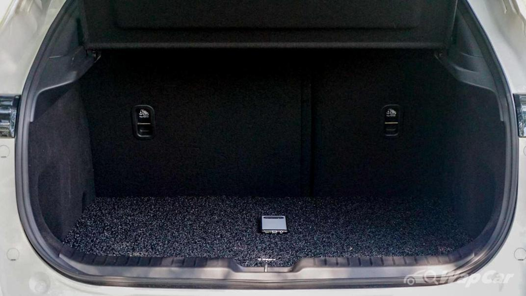 2020 Mazda CX-30 SKYACTIV-G 2.0 High Interior 064