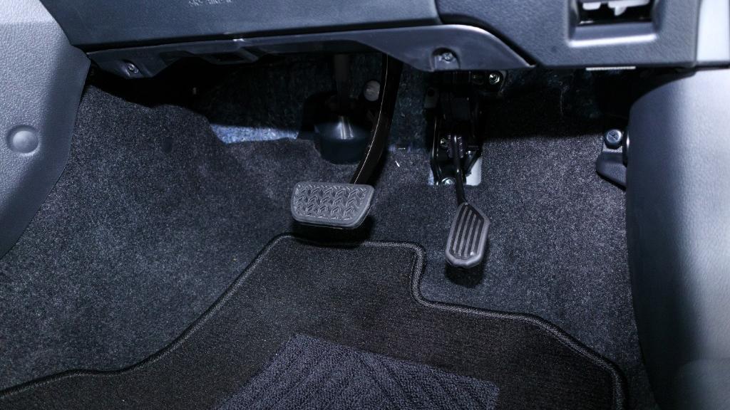 2019 Toyota Vios 1.5G Interior 023