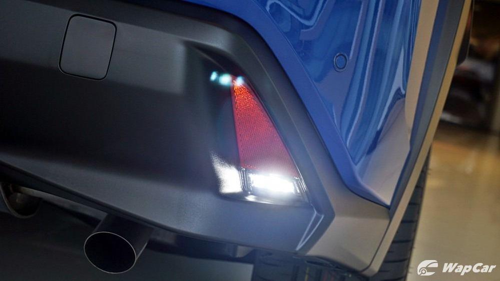 2020 Lexus UX 200 Luxury Exterior 056