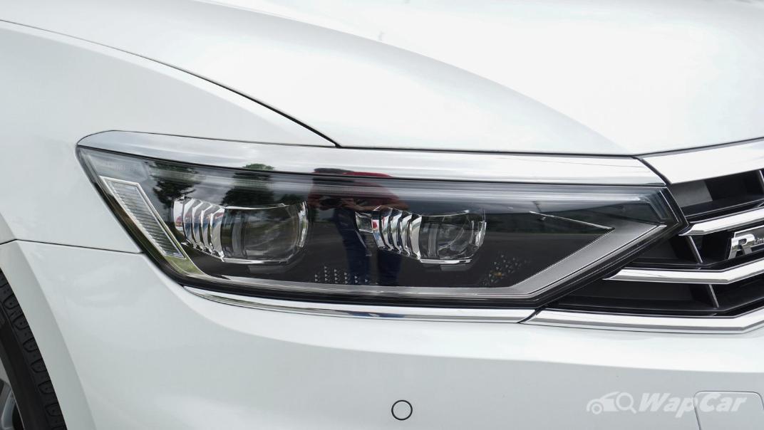 2020 Volkswagen Passat 2.0TSI R-Line Exterior 005