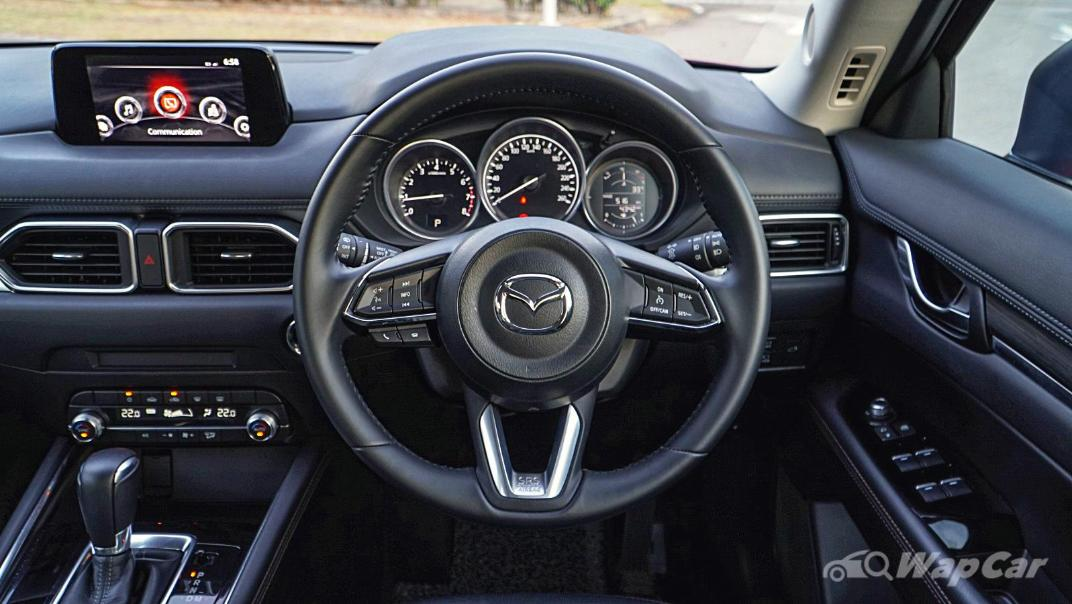 2019 Mazda CX-5 2.0L High SKYACTIV-G Interior 002