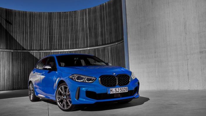 2020 BMW 1 Series M135i xDrive Exterior 004