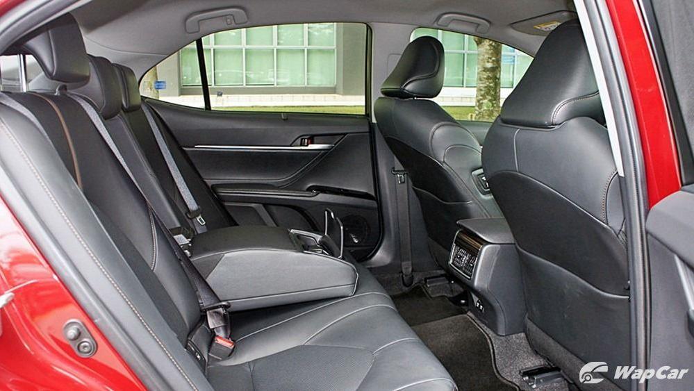 2019 Toyota Camry 2.5V Interior 108