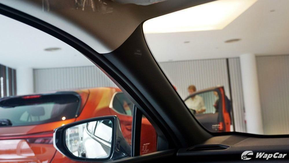 2020 Lexus UX 200 Luxury Interior 066