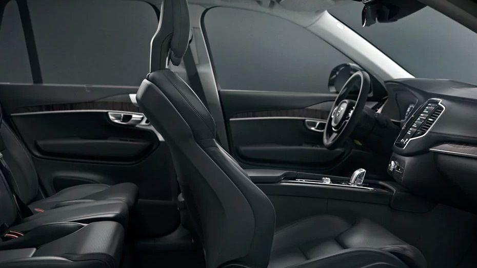 Volvo XC90 (2018) Interior 010