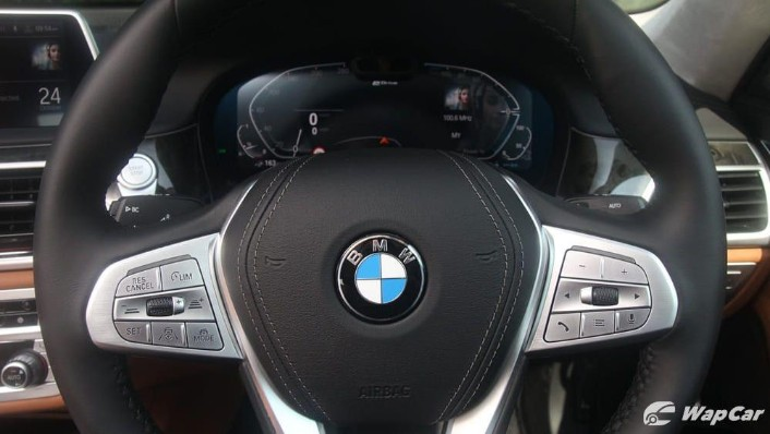 2019 BMW 7 Series 740Le xDrive Interior 005