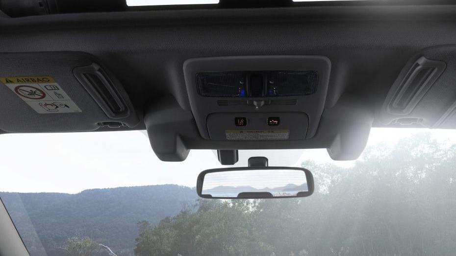 Subaru Forester (2018) Interior 011