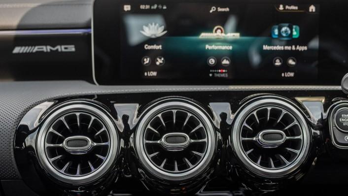 2020 Mercedes-Benz AMG A-Class A35 4MATIC Interior 010