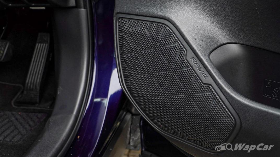 2020 Toyota RAV4 2.5L Interior 148