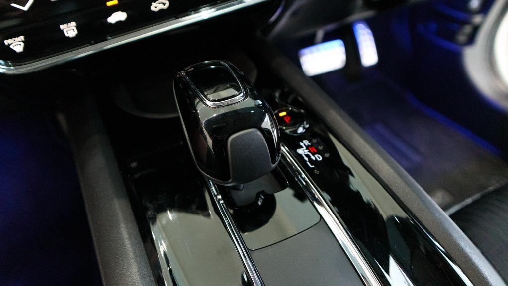 2019 Honda HR-V 1.5 Hybrid Interior 015