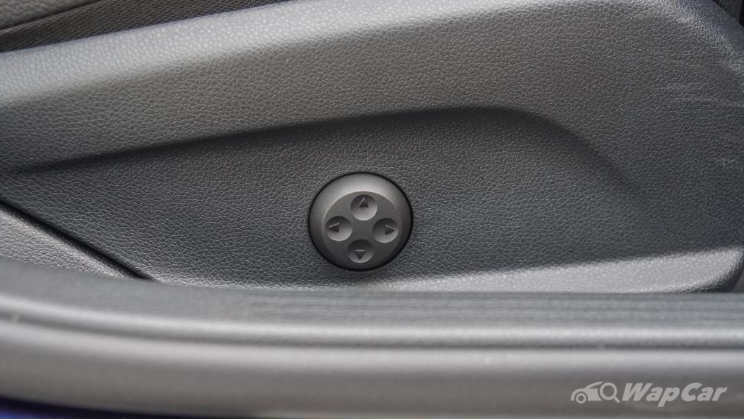2020 Mercedes-Benz C-Class C 200 AMG Line Interior 037