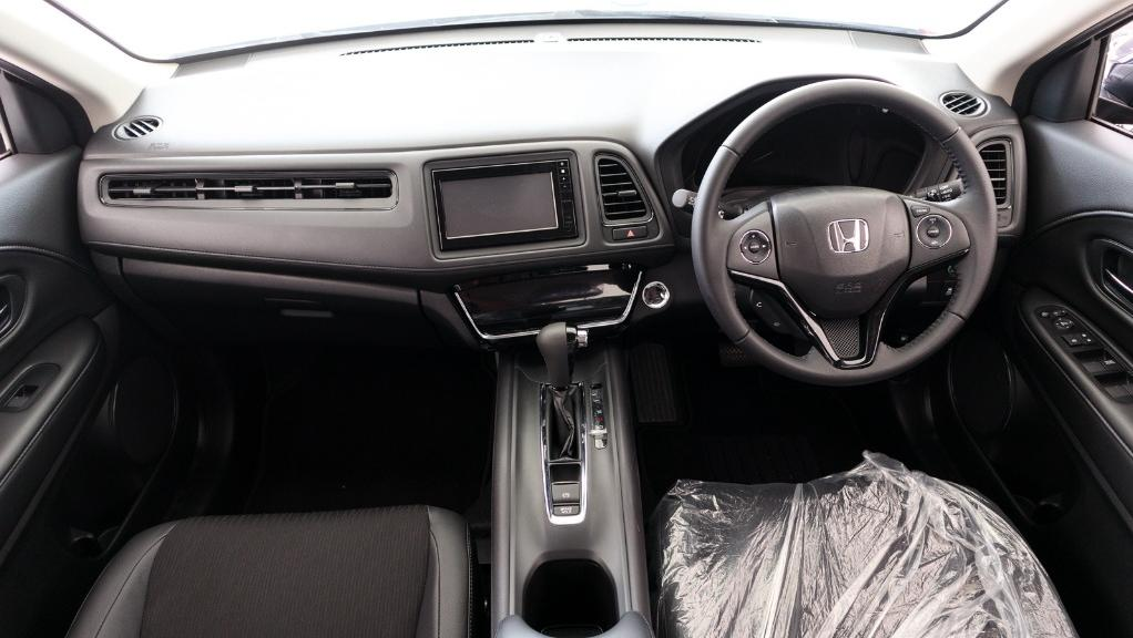2019 Honda HR-V 1.8 E Interior 001