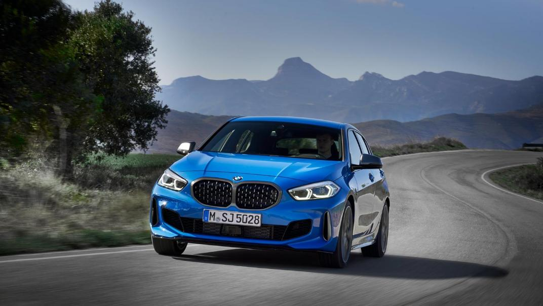 2020 BMW 1 Series M135i xDrive Exterior 001