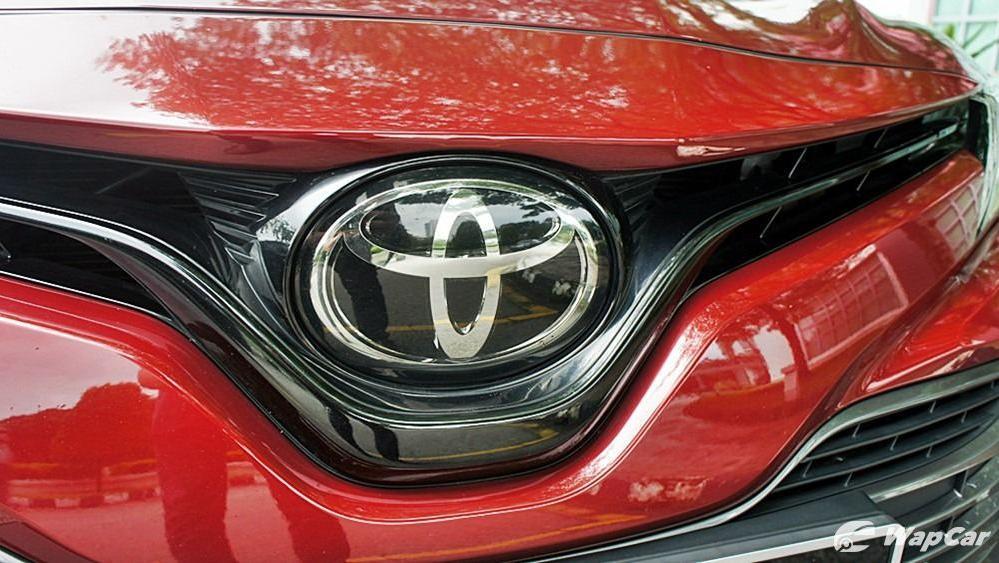 2019 Toyota Camry 2.5V Exterior 066