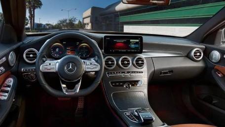 Mercedes-Benz C-Class Saloon
