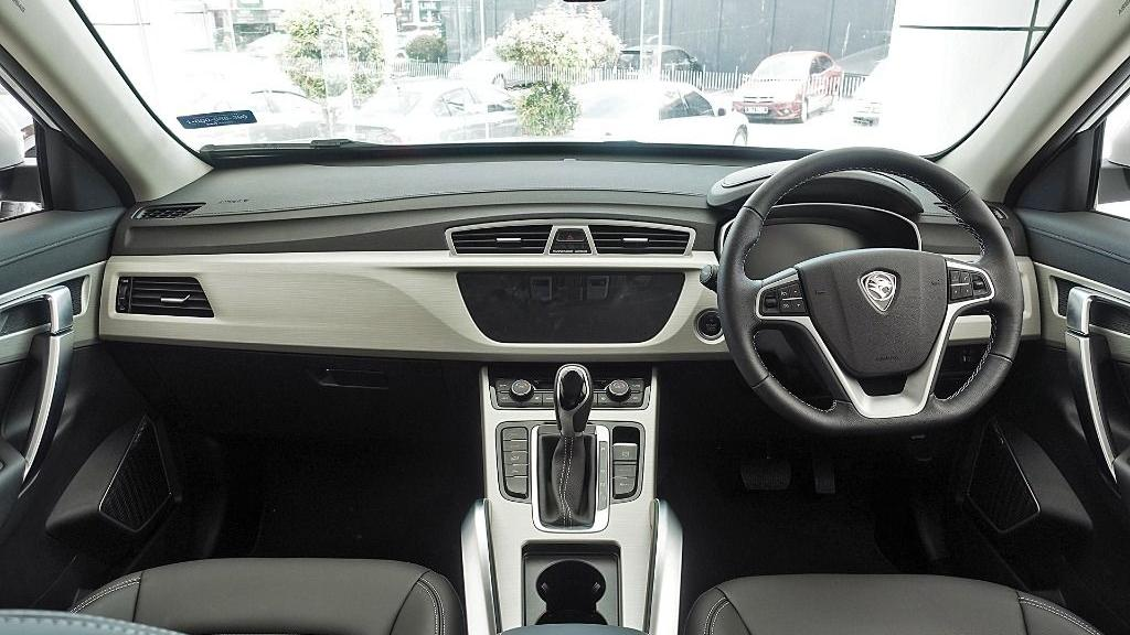 2018 Proton X70 1.8 TGDI Executive AWD Interior 001